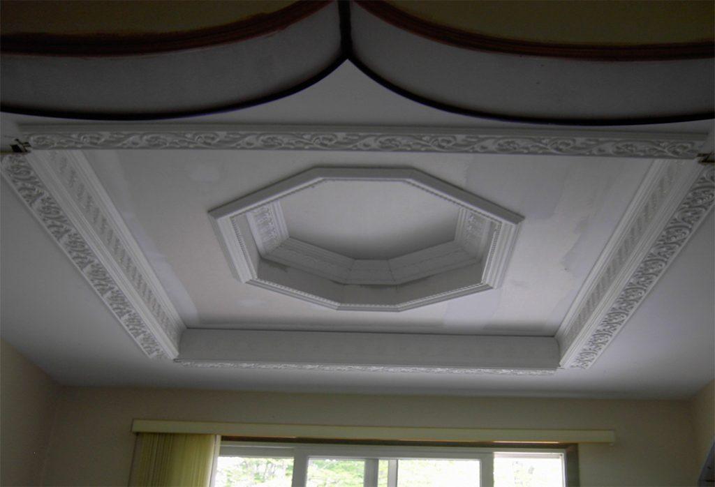 Ceiling-129
